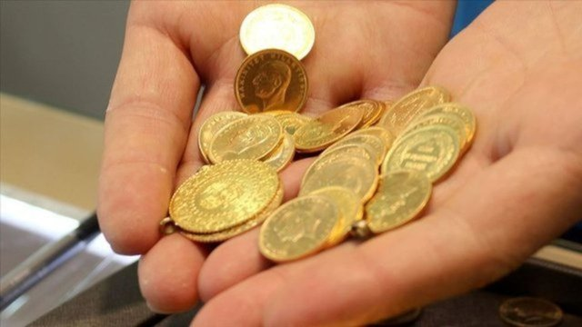 Altın fiyatları ÇAKILDI| Son dakika gram altın fiyatları 415 liranın altında - 15 Şubat