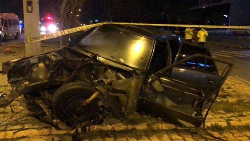Kahramanmaraş'ta iki otomobil çarpıştı, 3 kişi yaralandı
