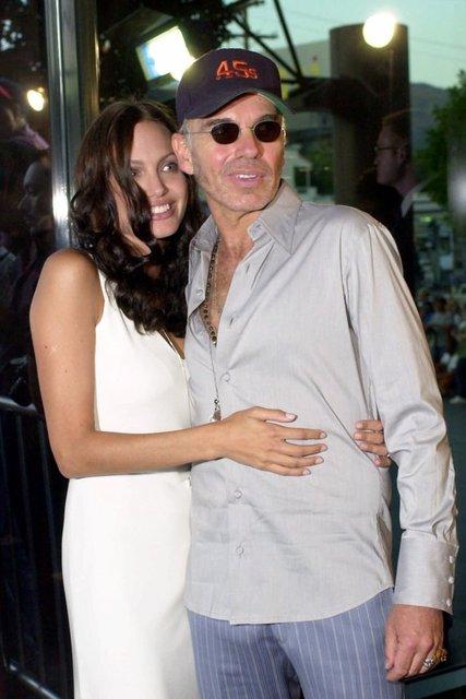 Machine Gun Kelly sevgilisi Megan Fox'un kanını boynunda taşıyor - Magazin haberleri
