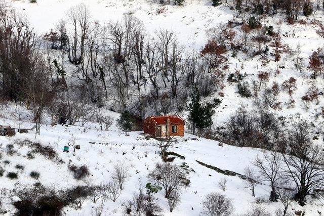 Beyaza bürünen Ganos Dağı görenleri hayran bırakıyor