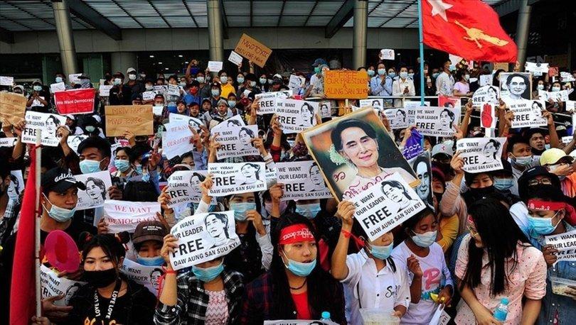 Myanmar ordusundan protestoculara 20 yıla kadar hapis cezası verilebileceği uyarısı