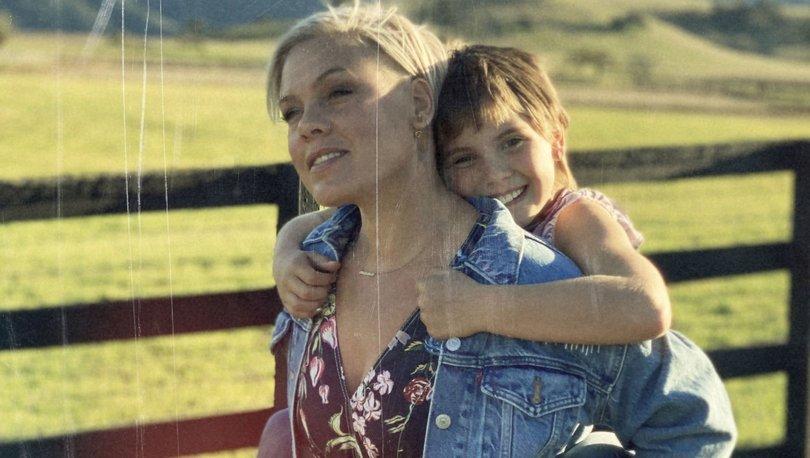 Pink'in kızıyla