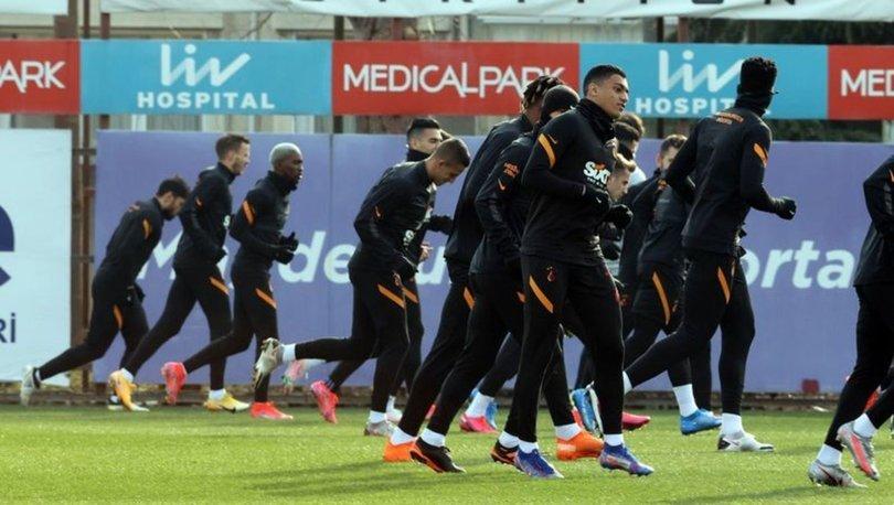 Galatasaray, Alanyaspor maçı için yarın Antalya'ya gidecek
