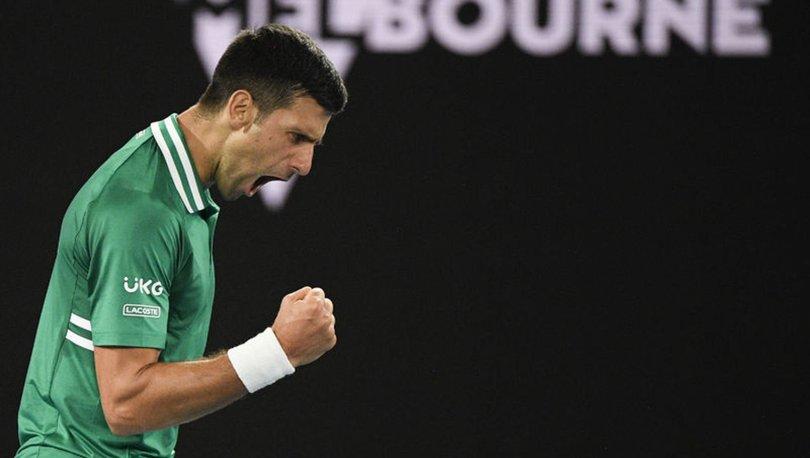 Novak Djokovic, Avustralya Açık'ta yarı finale çıktı