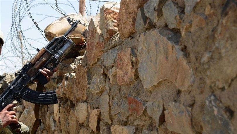İran'da 3 istihbarat askeri öldürüldü - Haberler