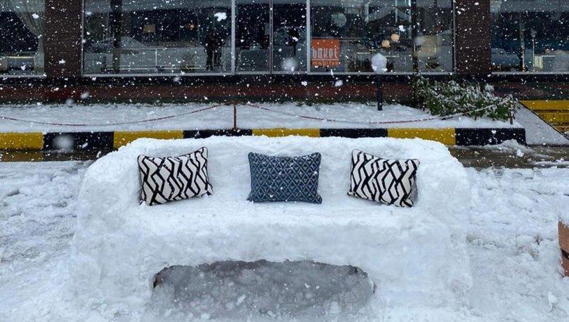 Kocaeli'de mobilya mağazası çalışanlarından kardan koltuk