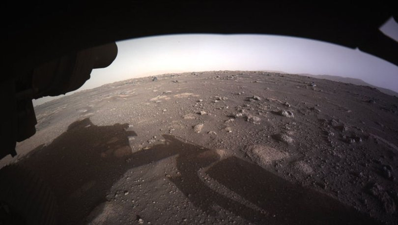 Son dakika: NASA YAYINLANDI! Mars'tan ilk fotoğraflar...