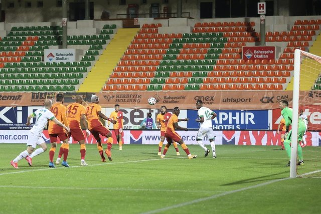 SON DAKİKA: Galatasaray'ı savunması zirveye taşıdı! Spor haberleri