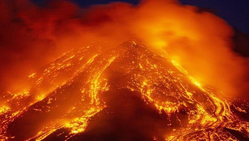 SON DAKİKA: İtalya'daki Etna Yanardağı bir kez daha faaliyete geçti! - Haberler
