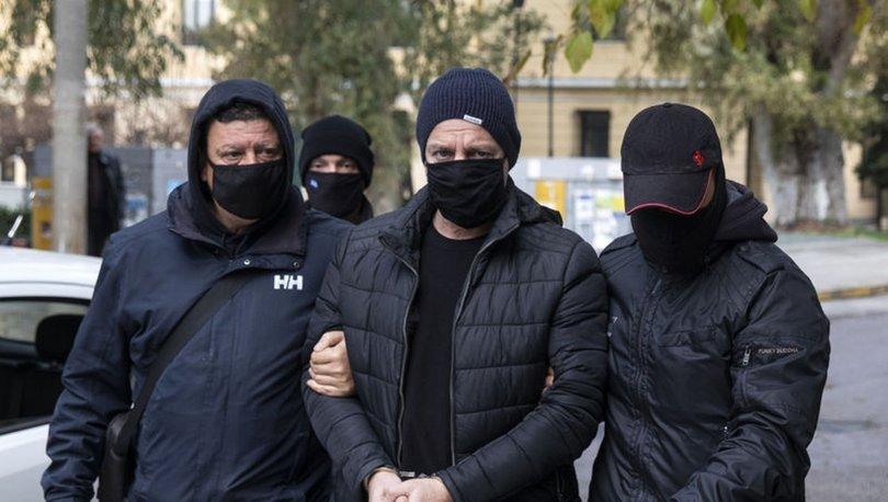 Yunan tiyatro sanatçısı Lignadis, birden fazla çocuğa cinsel saldırı iddiasıyla gözaltına alındı - Haberler