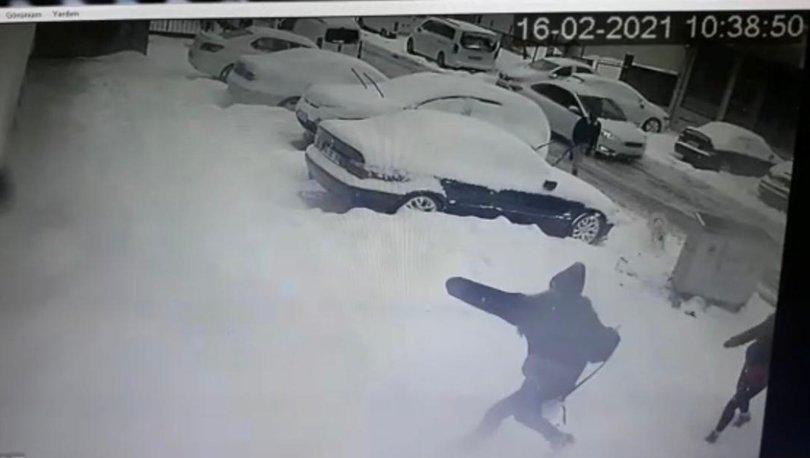 Son dakika: Sokakta yürüyen genç kıza pitbull saldırdı! - VİDEO