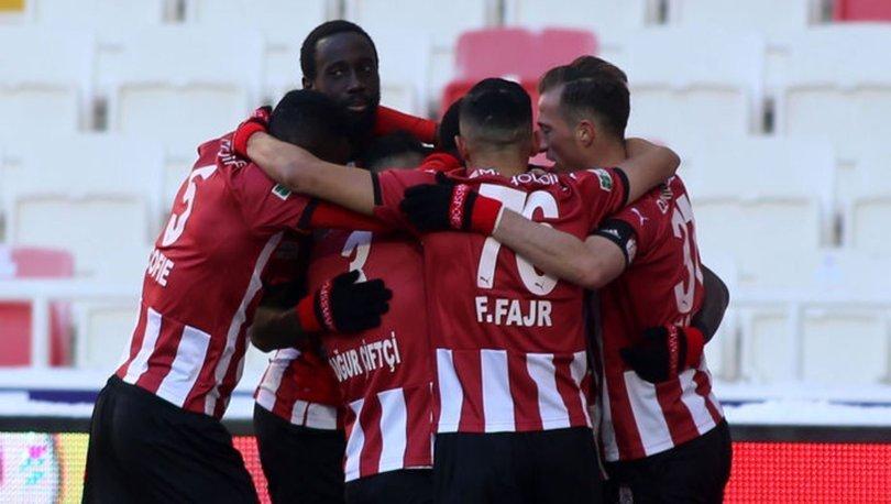 Sivasspor: 2 - Kayserispor: 0 (MAÇ SONUCU)