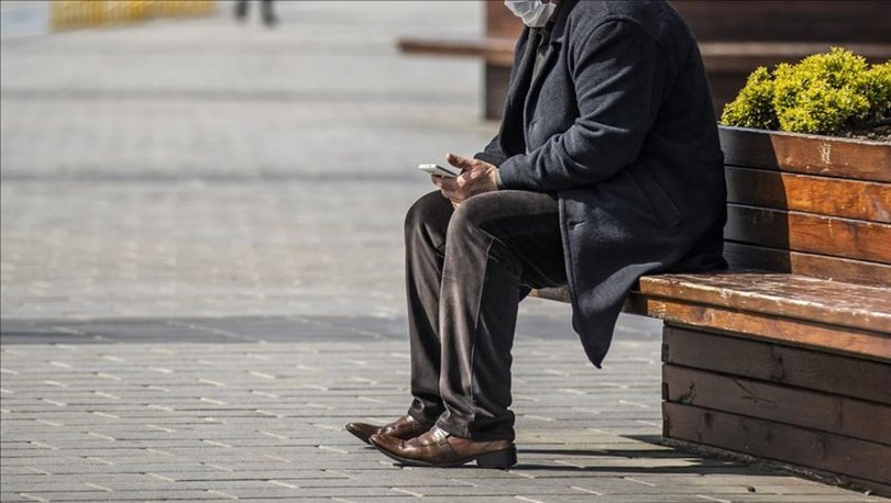 Hafta sonu 65 yaş üstü sokağa çıkma yasağı var mı? 65 yaş üstü cumartesi-pazar sokağa çıkabilir mi?