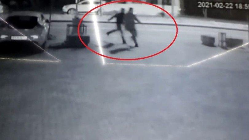 ALENİ GASP  Son dakika: 5 lira yol ortasında güvenlikçiyi bıçakladı