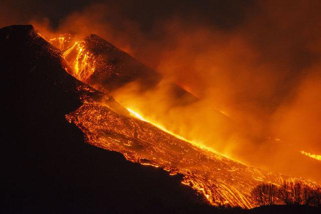 FELAKET! Son dakika: Etna yanardağı dehşet saçmaya devam ediyor!