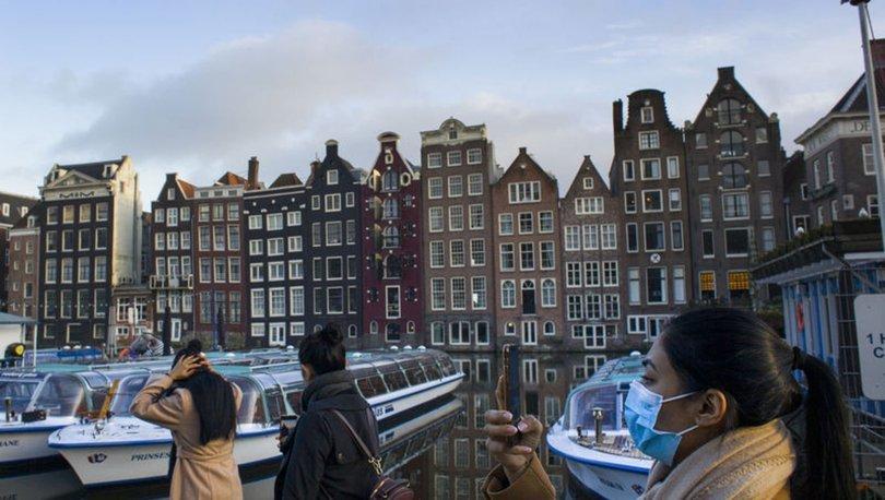Hollanda'da Kovid-19 nedeniyle uygulanan sokağa çıkma kısıtlaması 15 Mart'a kadar uzatıldı