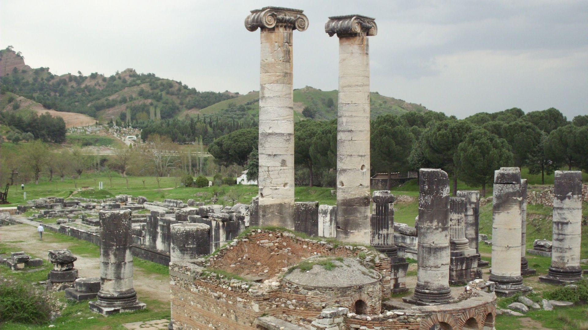 Kültürel ve doğal miraslarımız XXXVIII (Sardes Antik Kenti ve Bin tepeler Lidya Tümülüsleri)