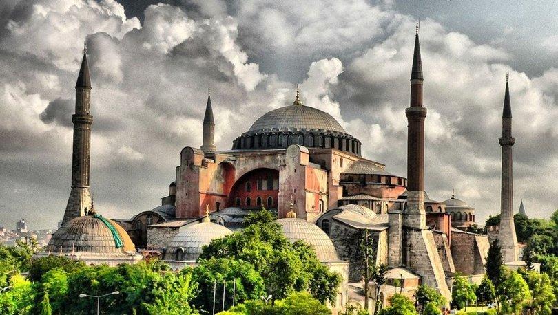 Yunanistan'dan 'Ayasofya'ya yeniden müze statüsü verilsin' çağrısı