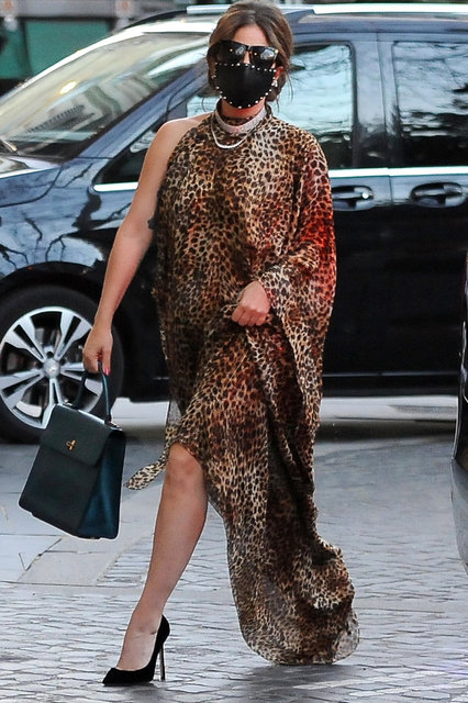 Lady Gaga gazetecilerden kaçamadı - Magazin haberleri