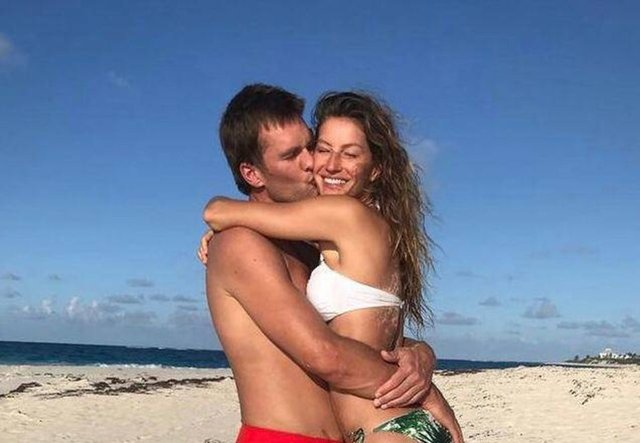 Gisele Bündchen-Tom Brady çiftinden evlilik yıl dönümü paylaşımı - Magazin haberleri