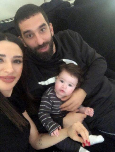 Arda Turan'dan eşi Aslıhan Doğan'a: Gelin gibi gelin! - Magazin haberleri