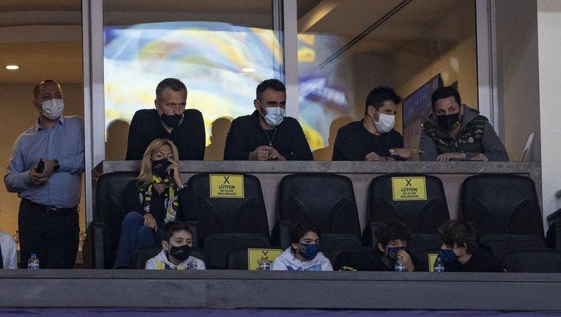 Fenerbahçe'de Koç, Belözoğlu ve Bulut basketbol maçını izledi