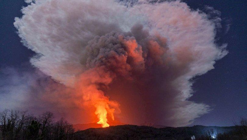 SON DAKİKA: Etna Yanardağı bir haftada 6 kez faaliyete geçti: Halk, küllerini temizliyor - Haberler