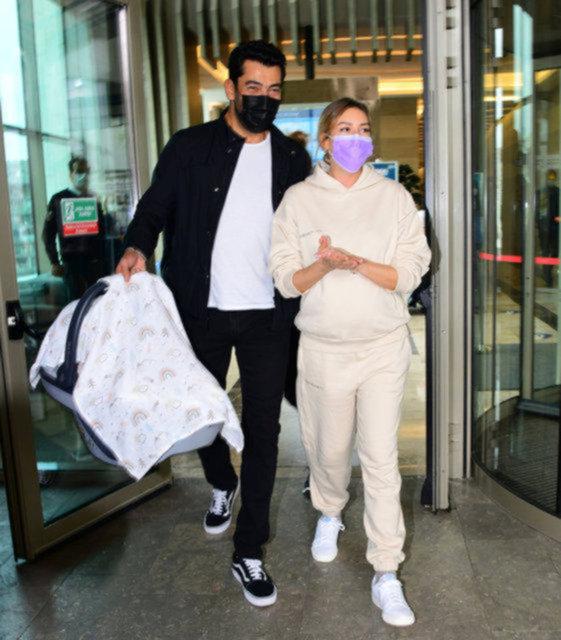 Sinem Kobal'ın doğum kiloları gitti - Magazin haberleri