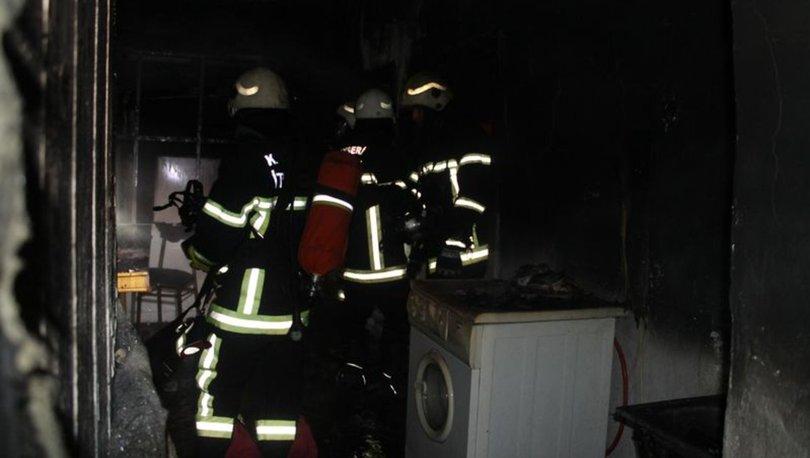 Kayseri'de alkollü şahıs evi yaktı
