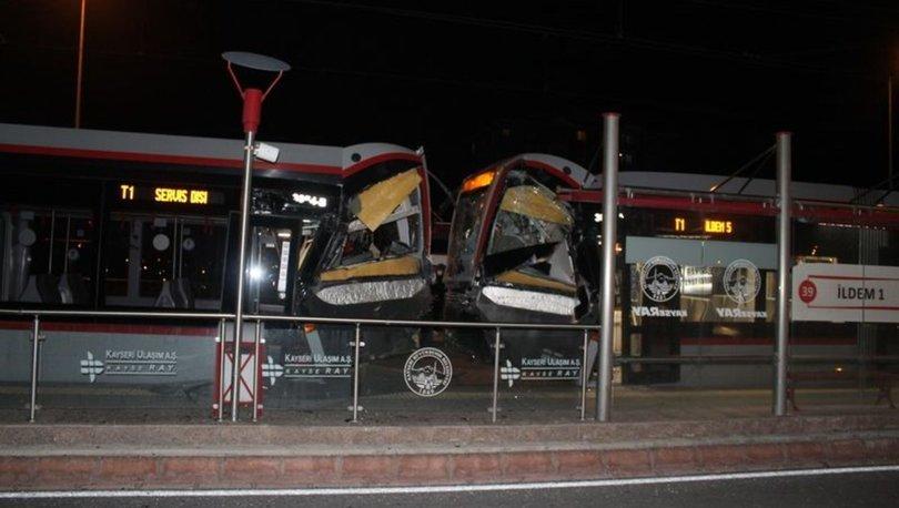 Kayseri'de iki tramvay kafa kafaya çarpıştı: 2 yaralı