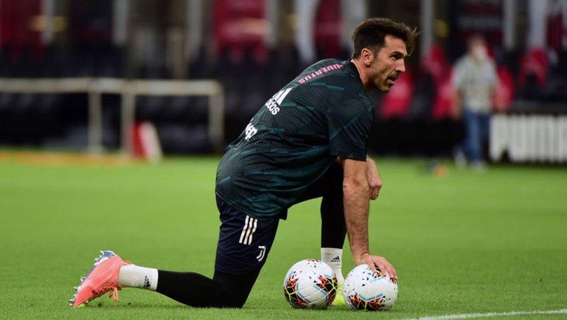 İtalyan kaleci Buffon, en geç 2023'te futbolu bırakmayı planlıyor