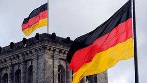 Almanya'da kontrollü açılış kararı