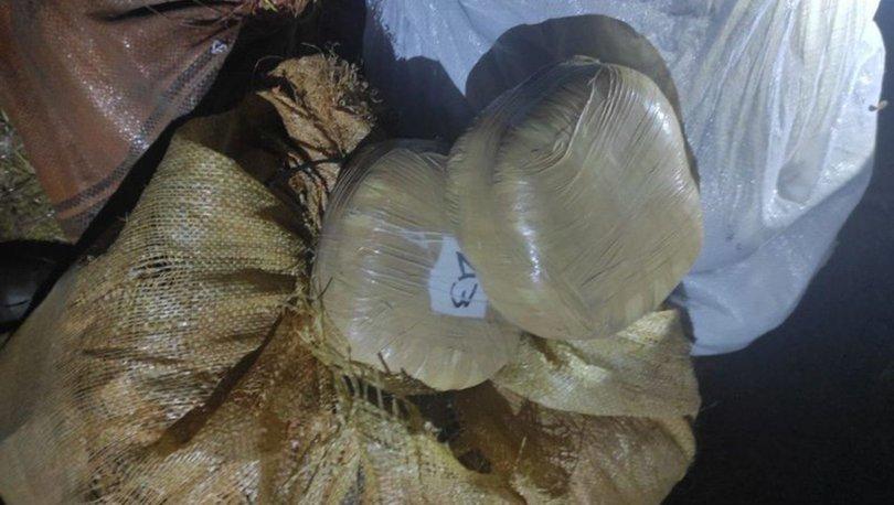 Van'da bir evde çuvallarda saklanmış 154 kilo esrar bulundu