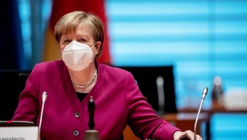 Covid aşısı: Almanya Başbakanı Merkel, AstraZenaca aşısının 65 yaş ve üstü kişilere de yapılacağını açıkladı