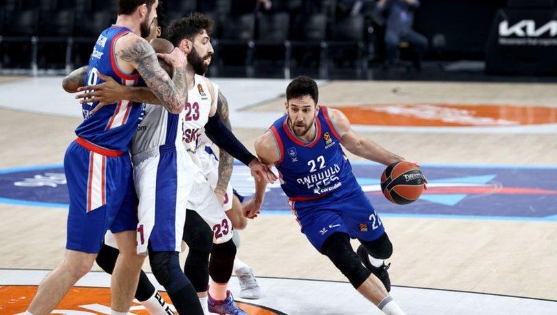 Anadolu Efes: 100 - CSKA Moskova: 70 MAÇ SONUCU