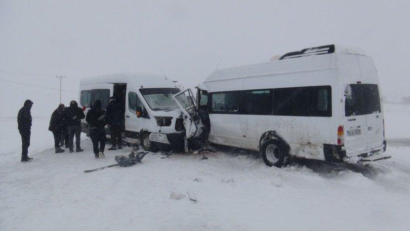 Son dakika: İki minibüs kafa kafaya çarpıştı: 17 yaralı! - Haberler