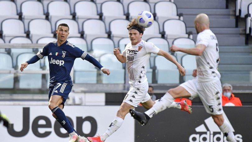 Serie A'da Juventus, Benevento'ya 1-0 yenildi