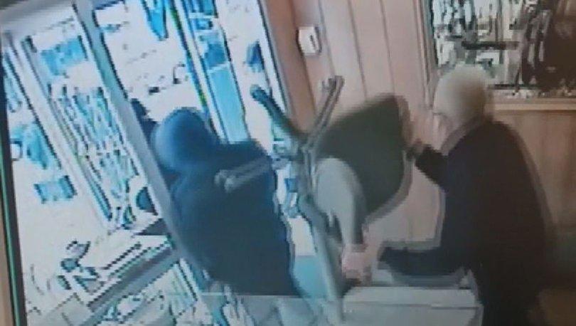 SON DAKİKA: Soyguncuları sandalye ile kovaladı! O anlar kamerada - Haberler