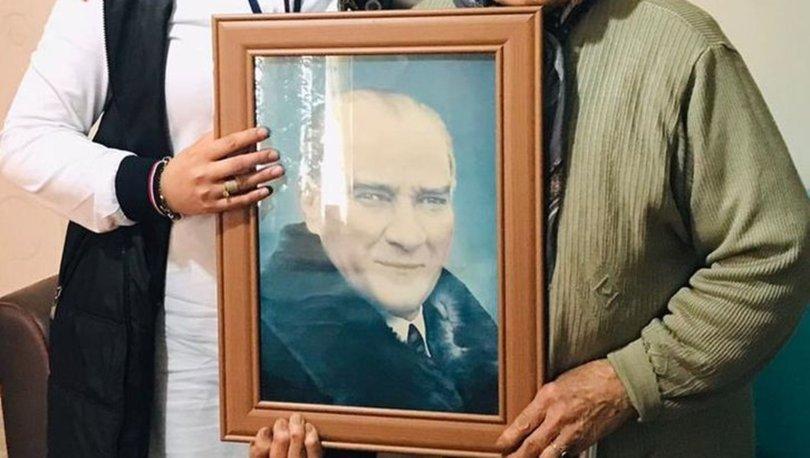 Sağlık ekibi, Latife ninenin Atatürk portresi isteğini yerine getirdi