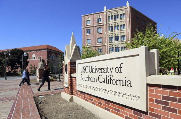 ABD'de 700'ü aşkın kadından bir üniversiteye cinsel istismar suçlaması!