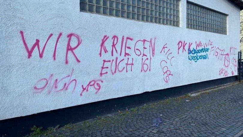 Almanya'da terör örgütü YPG/PKK, cami ve kültür merkezinin duvarına tehdit mesajı yazdı