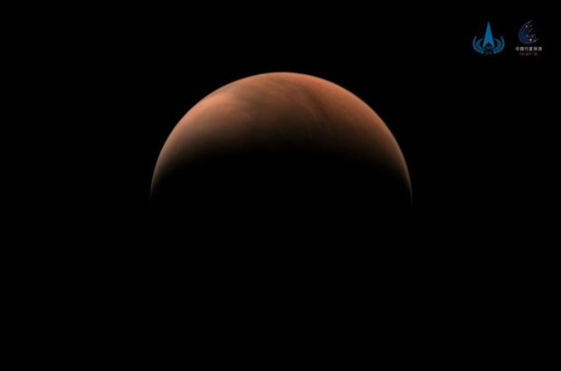 Çin, Tianwen-1 keşif aracından gelen yeni Mars görüntülerini yayınladı