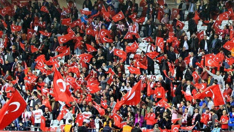 TFF AÇIKLADI! Son dakika: Türkiye - Letonya maçı seyircili oynanacak!