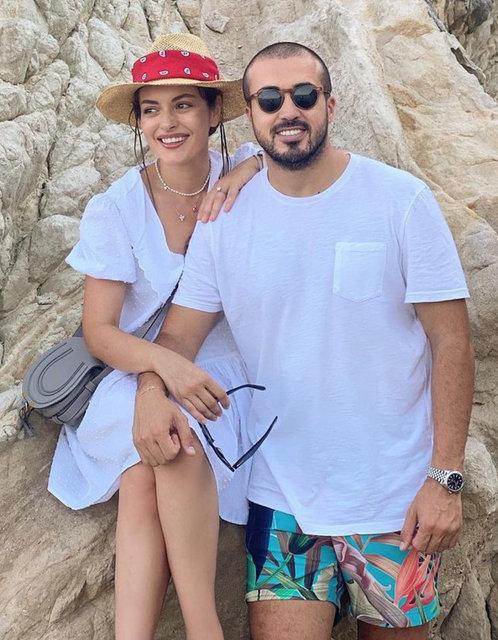 Mustafa Aksakallı'dan Ezgi Mola'ya romantik kutlama - Magazin haberleri