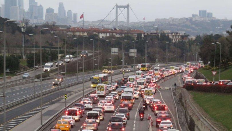 SON DAKİKA: Kısıtlama sonrası trafik yoğunluğu