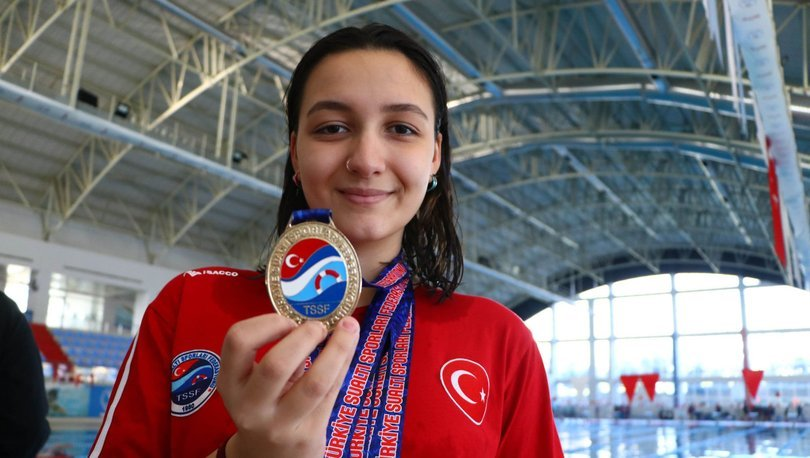 Su altından iki Türkiye rekoru çıkaran Sude Fidan, gözünü dünya şampiyonasına dikti