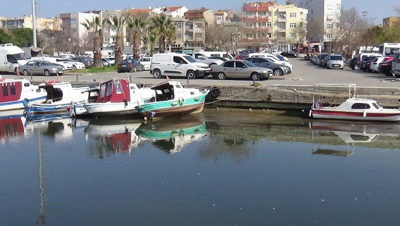 Sular çekilince tekneler karaya oturdu - Haberler