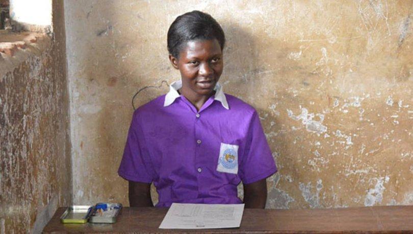 Uganda'da 38 yaşındaki kadın yıllar sonra ilkokula başladı
