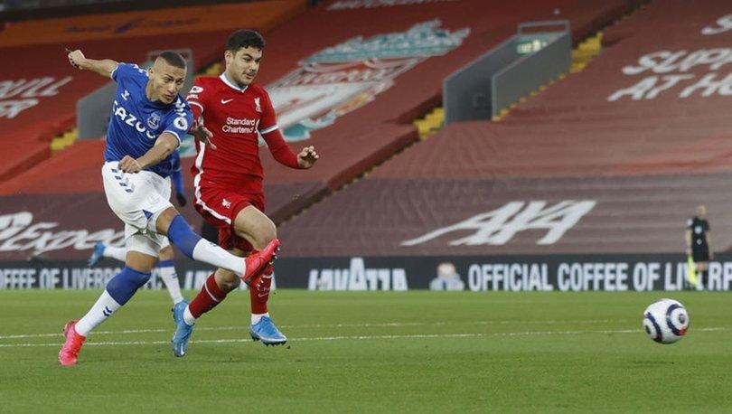 Liverpool'un yardımcı antrenörü Pepijn Lijnders, Ozan Kabak'ın uyumundan memnun