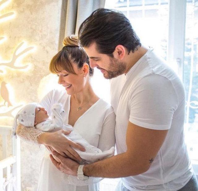 Sinan Güleryüz'den eşi Özge Özder'e romantik kutlama: Çok şanslıyım - Magazin haberleri